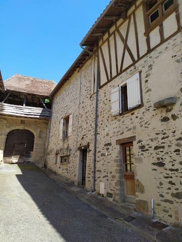 Solignac的民宿