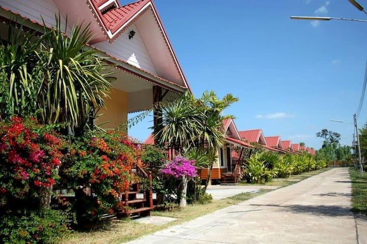 Tambon Bong Tai的民宿