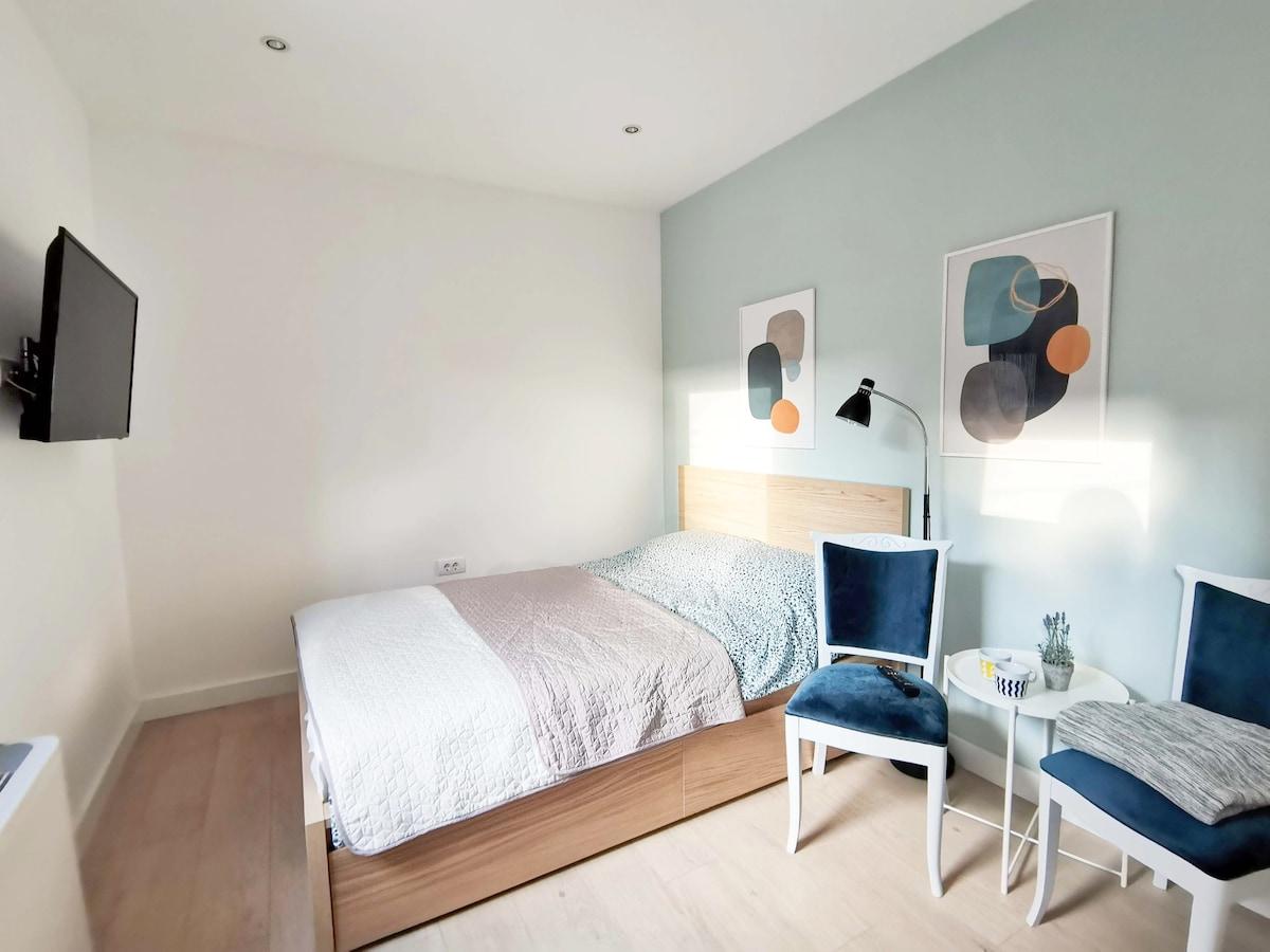 Nana Rooms and Apartments / Room 2