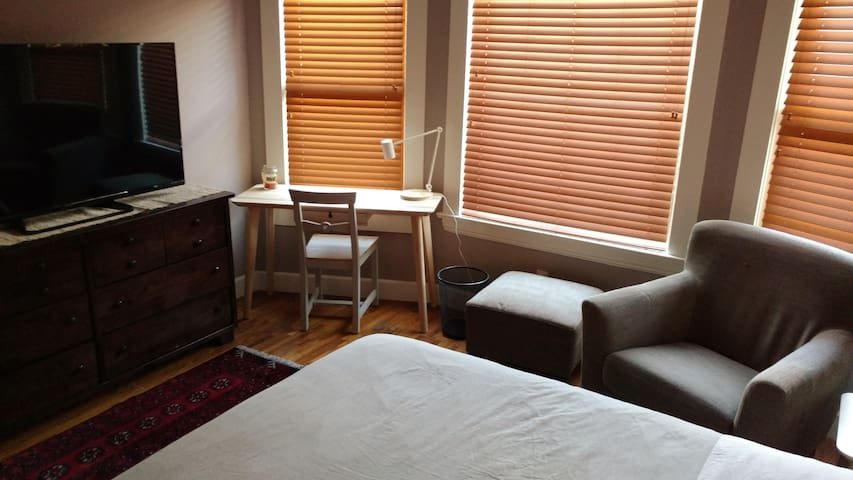 Craftsman Home, Apartment #3