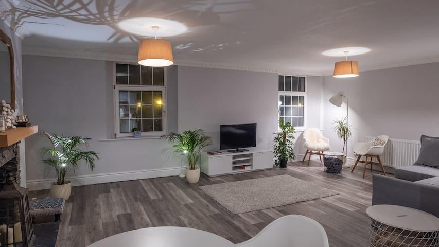 Kent Apartments  No 3 - Tourism Registered