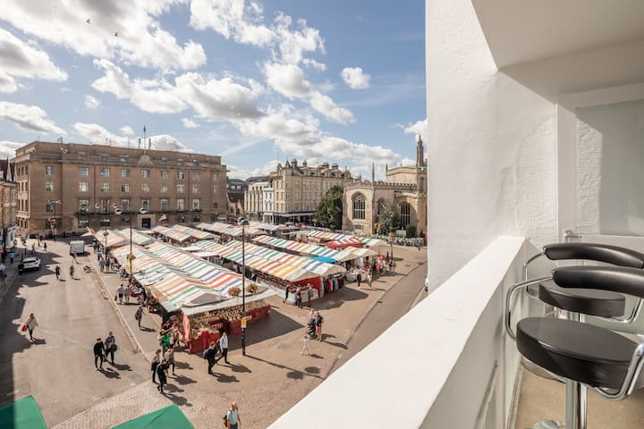 Central Cambridge, Luxury Two Bed, Market View