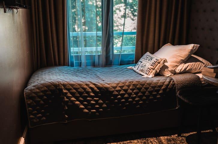 Lovely Single Room in front of Vondelpark