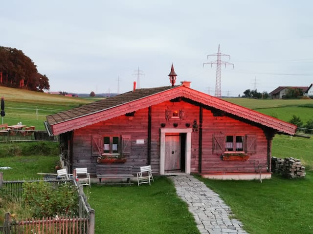 Burgkirchen an der Alz的民宿