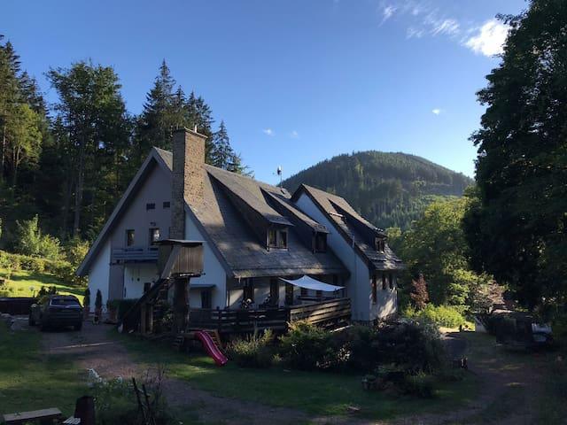 Tabarz/Thüringer Wald的民宿