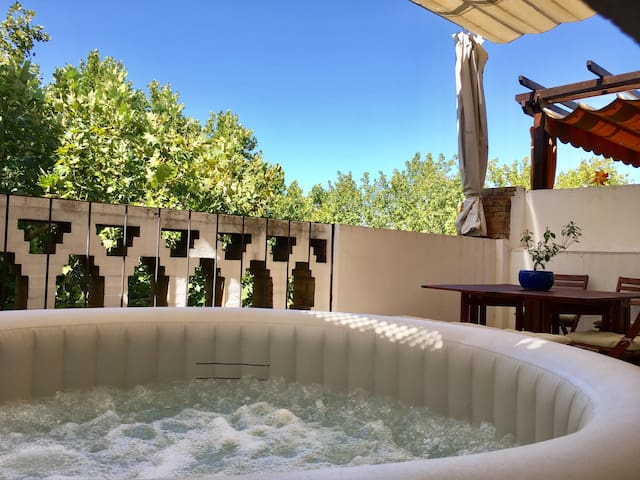 TYP Sevilla - Penthouse with hot tube on terrace