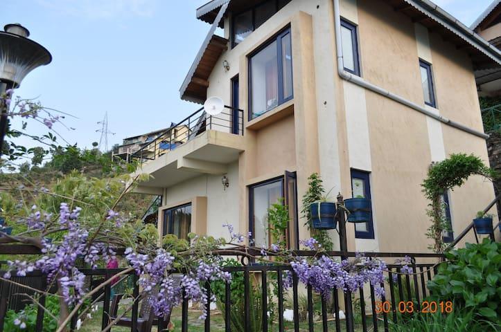 Belle Vue Chalet - Entire Cottage for 6 - Ranikhet
