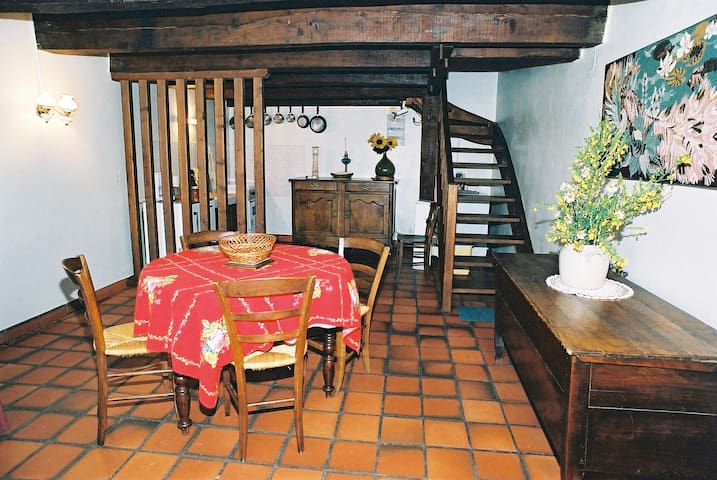 Espinasse的民宿