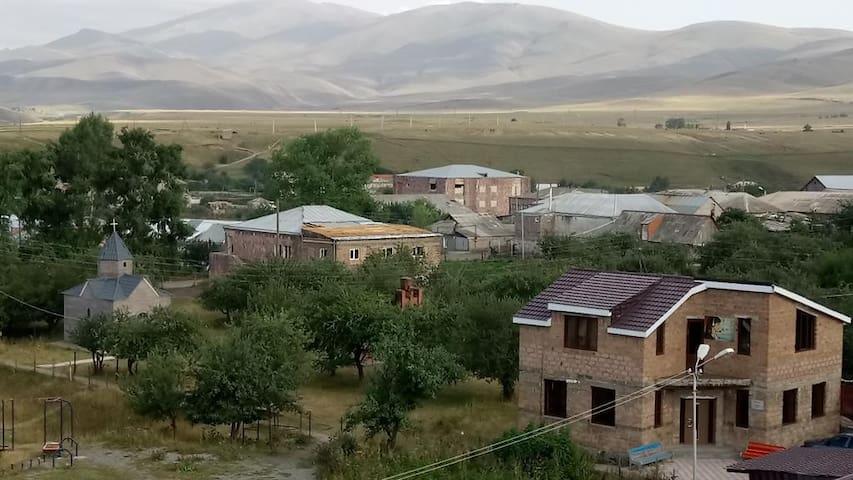 Chambarak的民宿