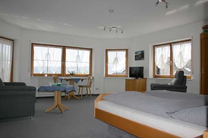 Gästehaus St. Martin, (Sipplingen), Doppelzimmer Birnau, 30 qm