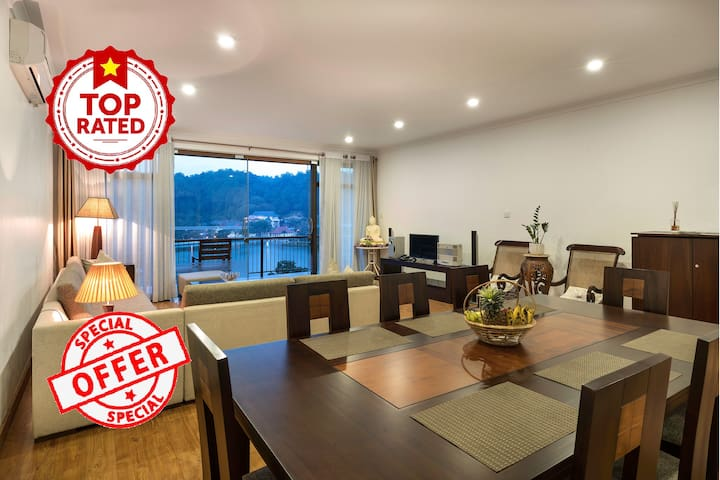 Luxury 3BR Suite - Spectacular City & Lake Views