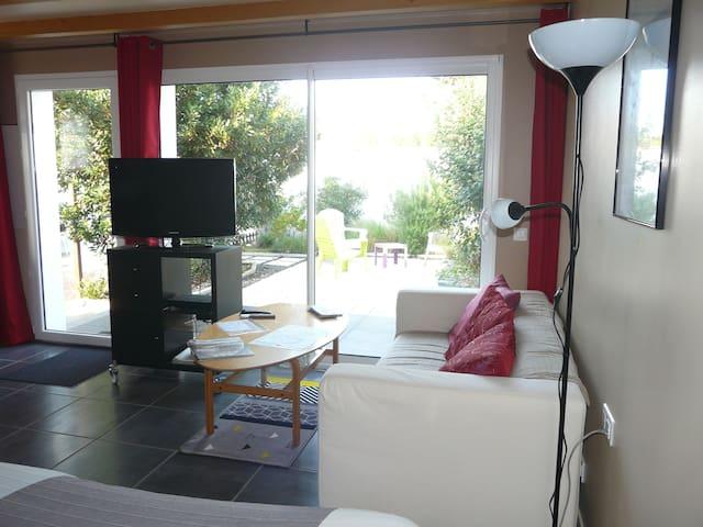 Studio avec jardin et 2 VTT