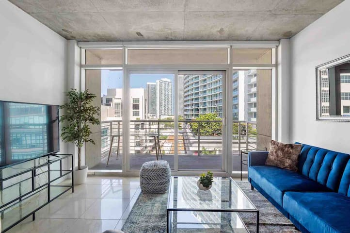 Modern 2 Bedroom In The Heart Of Midtown*FREE PKG*