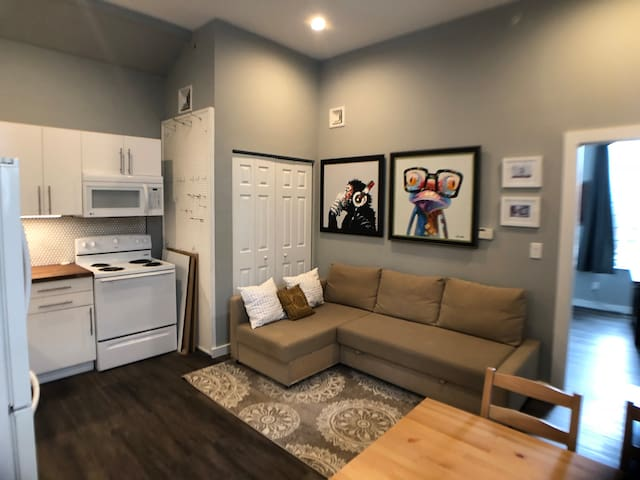 Stylish 1 Bedroom