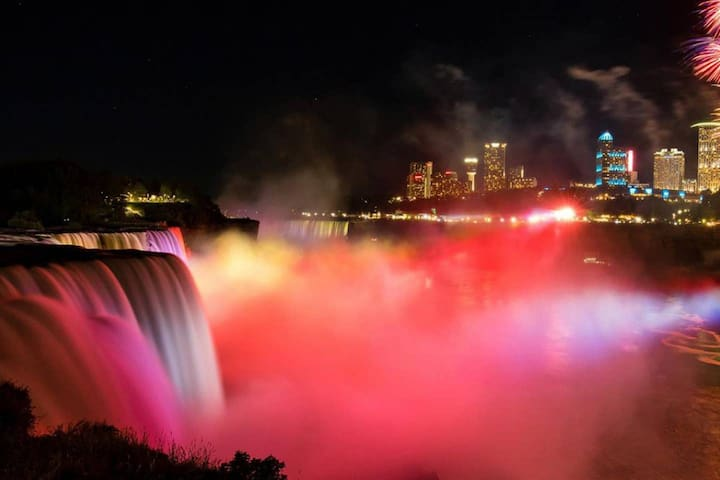 Niagara Falls的民宿