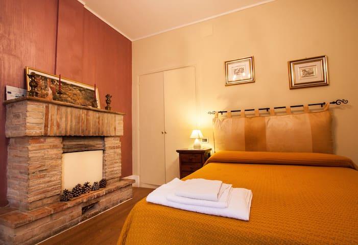 Suite Gialla - Dimora Antica Pianella