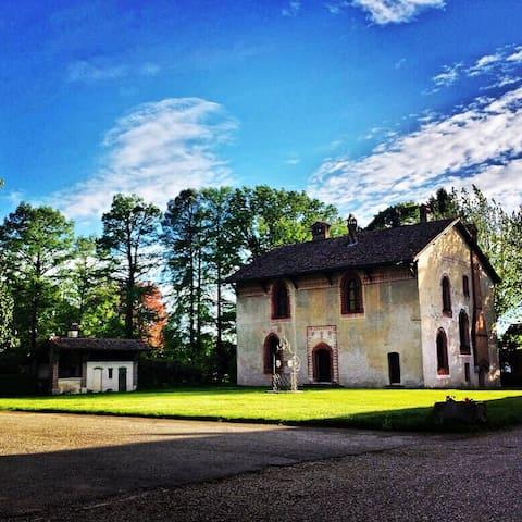 Zibido San Giacomo的民宿