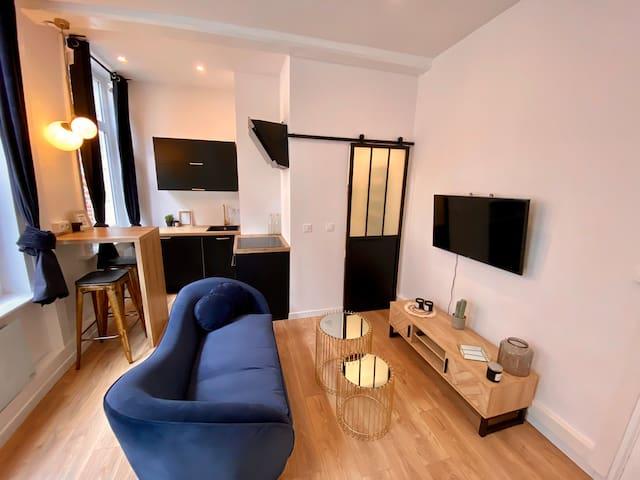Superbe studio neuf idéalement placé