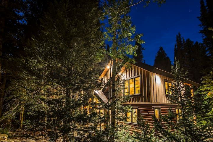Willow Fork Cabin, Big Cottonwood Canyon, Solitude