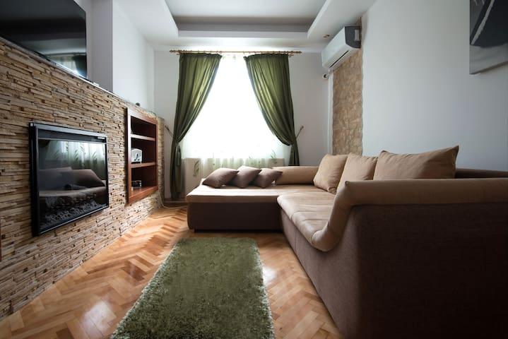 Iași的民宿
