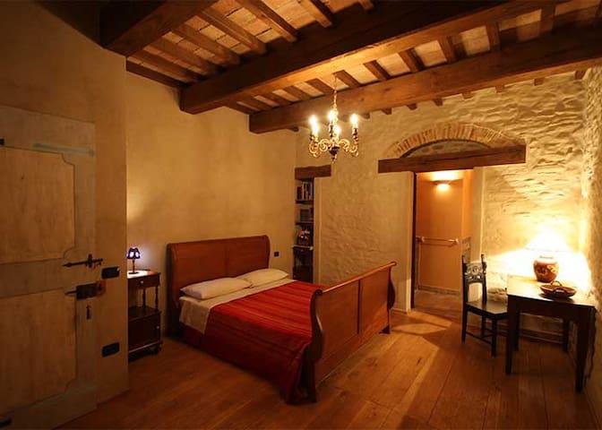Sant'Angelo In Vado的民宿