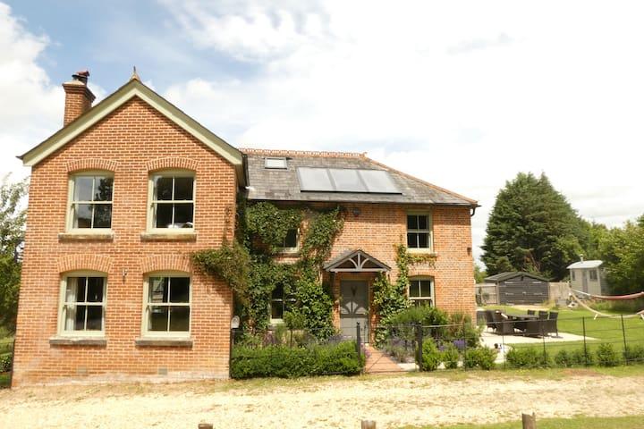 Brook, Lyndhurst的民宿
