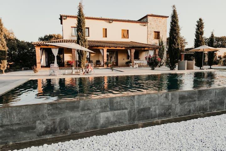 Calera de León 的民宿