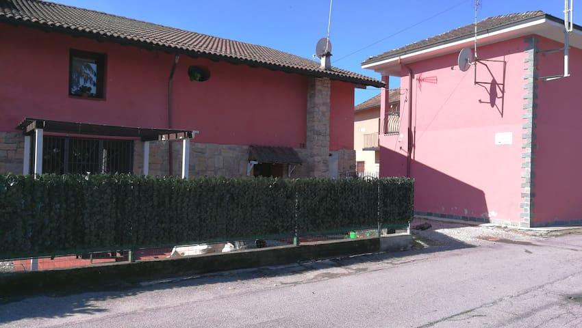 San Martino Olearo的民宿