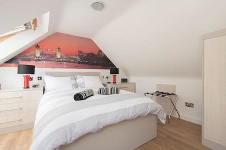 Independent Luxury studio apartment