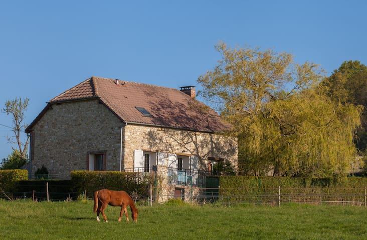 Nanteuil-la-Forêt的民宿