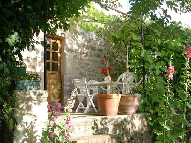 Maison vallée de la Dordogne Saint Jean Lespinasse