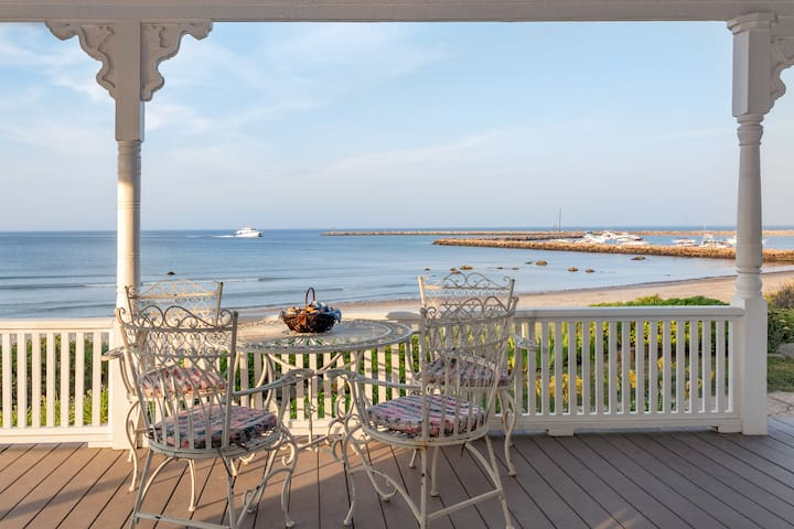 Jade - Block Island Inns