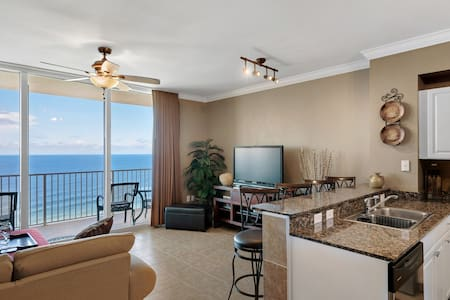 Ocean Front Luxury 3BR 3BA Sleeps 6 cable/internet