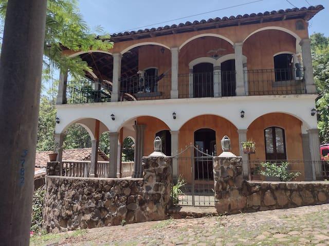 Cojutepeque的民宿