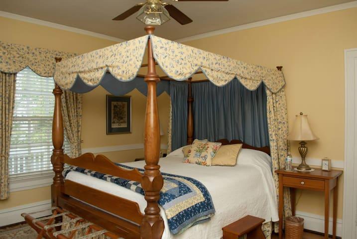 York - Colonial Capital Bed & Breakfast