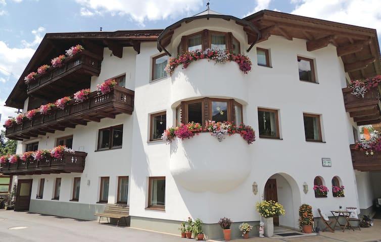 St. Anton的民宿
