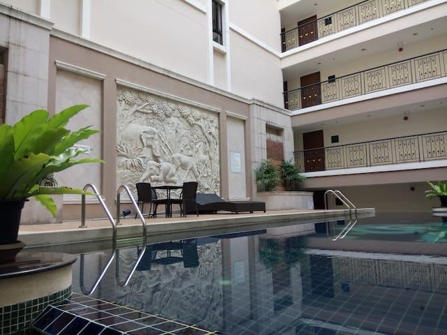 Silom City Resort Condominium