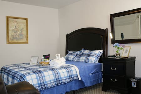 Fully Furnished | Queen Bed | Private Bedroom
