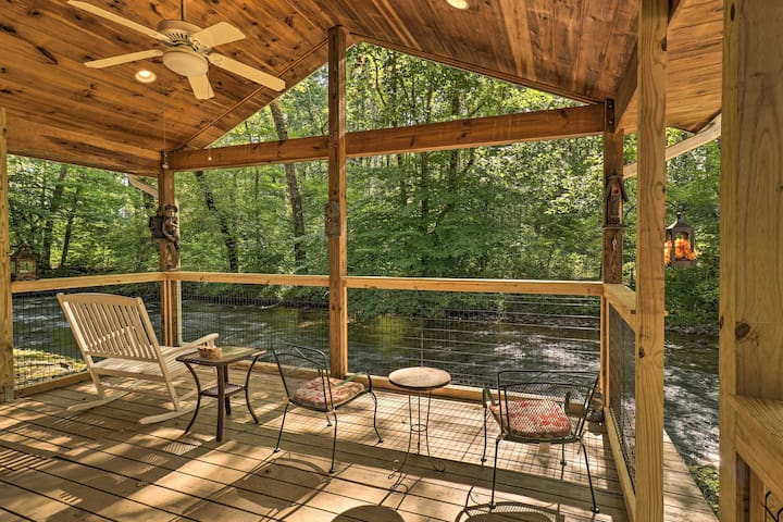 NEW! Charming Waynesville Cottage w/ Deck on Creek