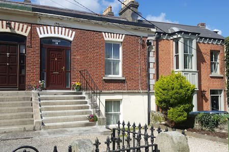 Lovely triple room in the heart of Dalkey town