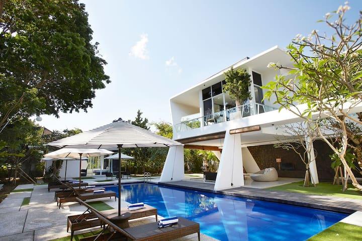 Nice Deluxe Room in Urban & Design Villa #3