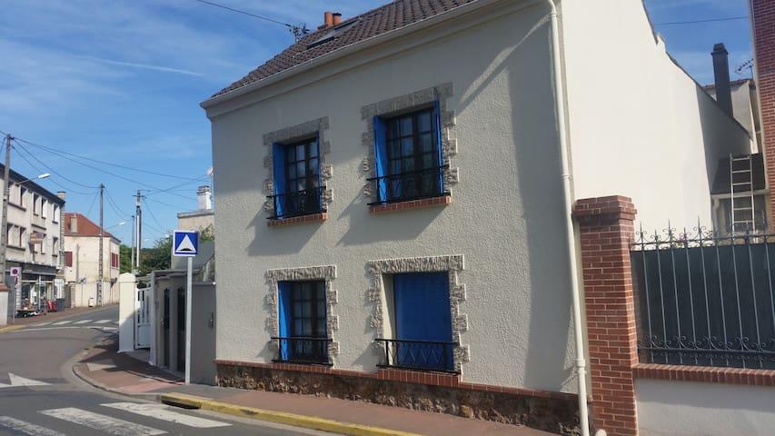 Maison au coeur de Maurecourt