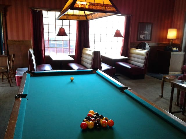 Studio C Speakeasy is a place to stay and play!