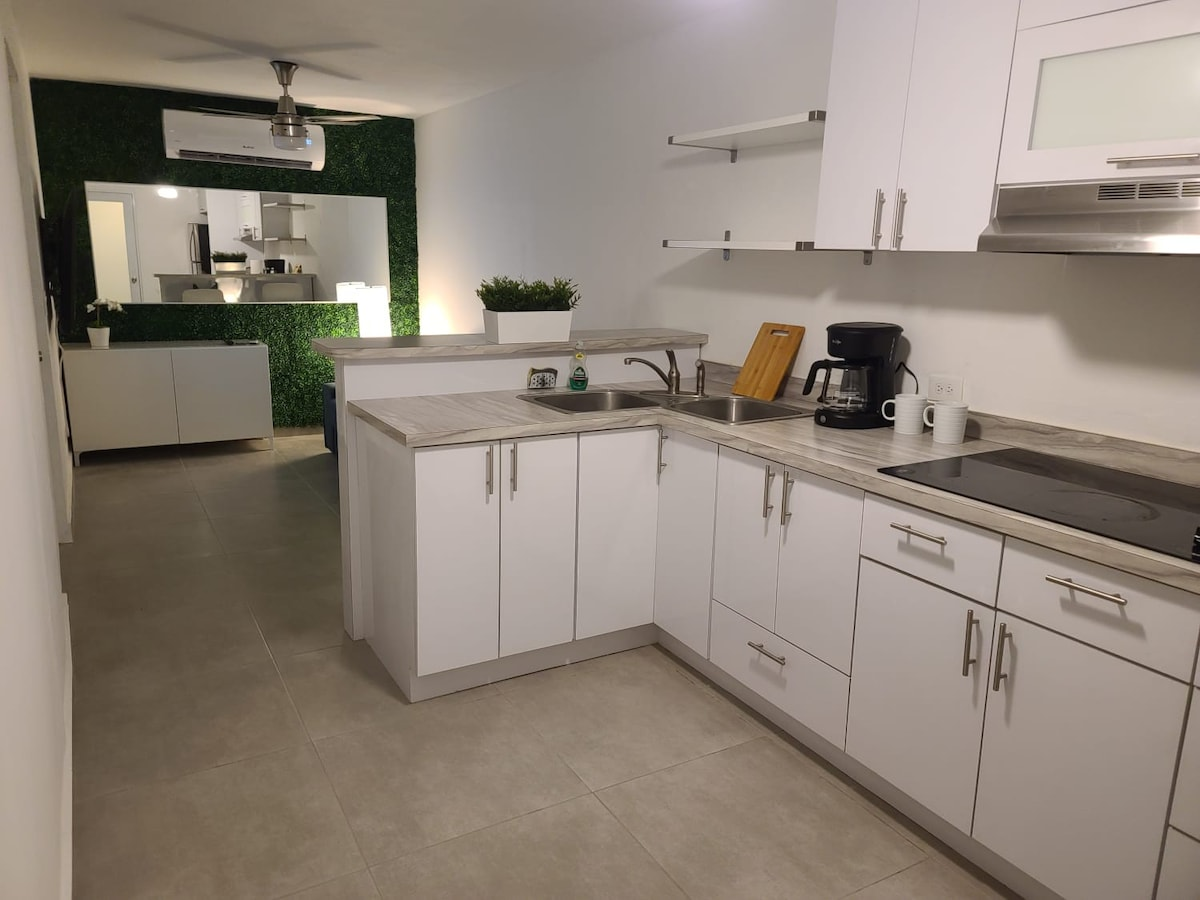 Relaxing Apartment Close to Airport/Beach