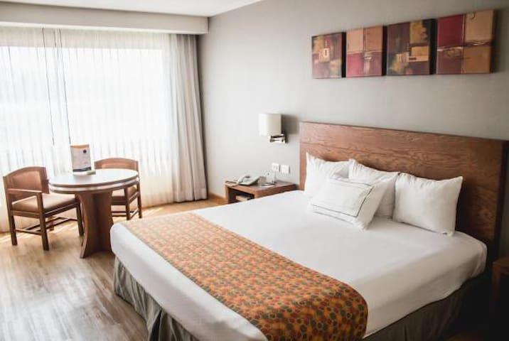 Hotel Mirage (5 Estrellas) Cama King-size #8