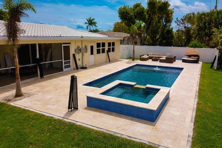 Home w/ a Salt Water Pool and Heated Spa