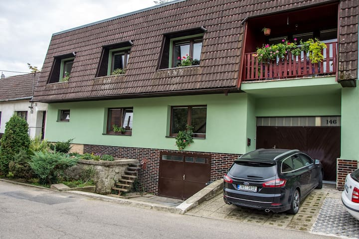 Salaš-dům v horském údolí Chřibů, až pro 14 osob