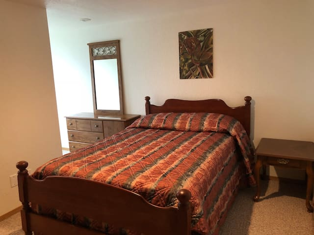 Bunkhouse Room 7 ~ Horse Inn Around Ranch