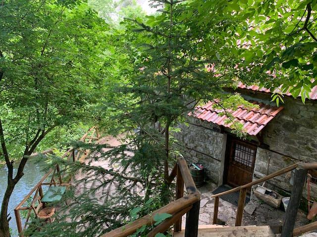 Anixiatiko的民宿