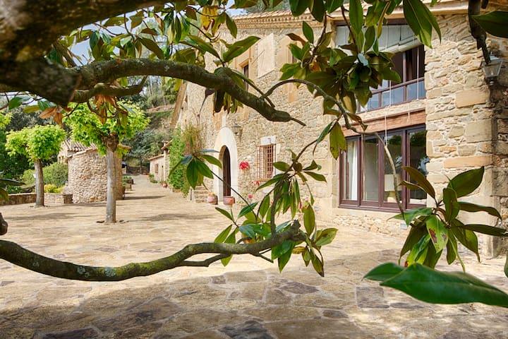 Apartamento en Masia Can Pou (PG-001036-27)
